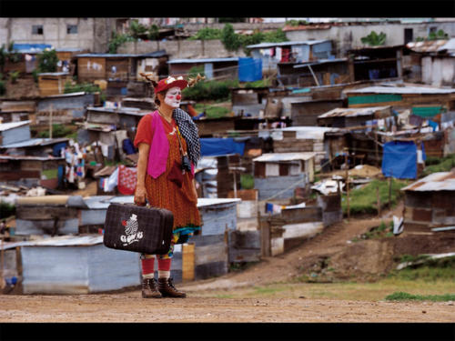 Clowns Sans Frontières © Malik Nahassia - Guatemala 1995